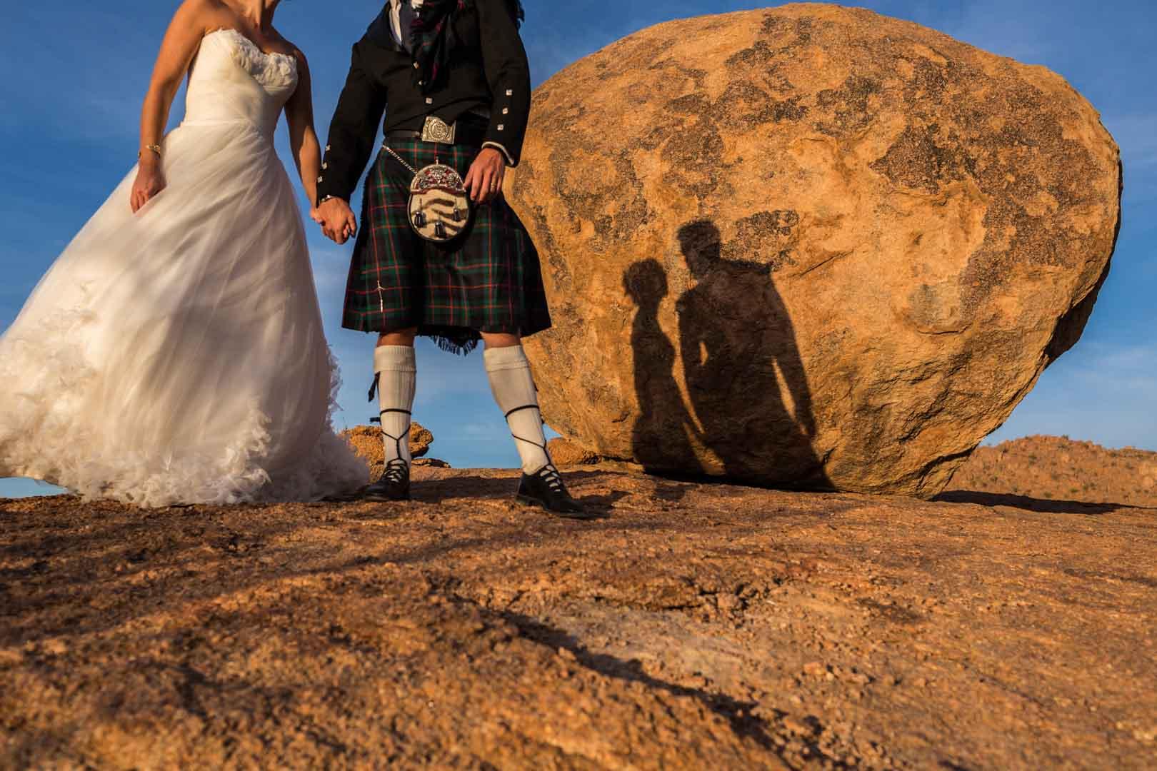 Mariage en kilt dans les terres arides de Namibie