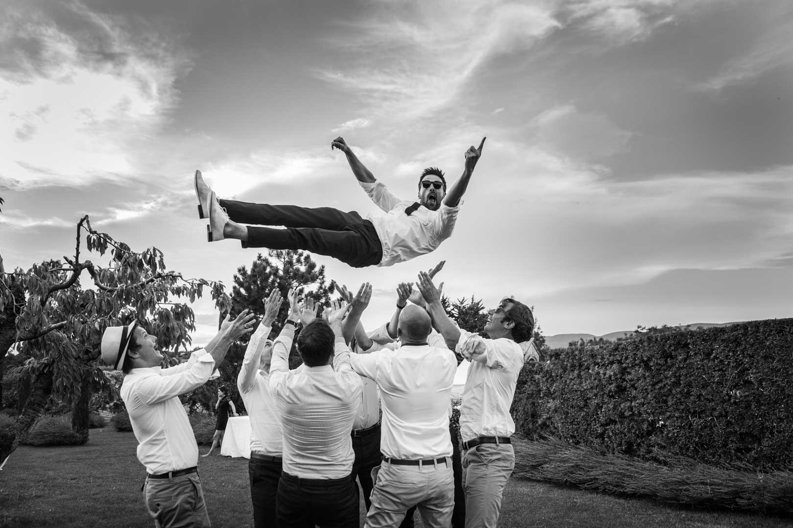 photo-de-mariage-saint-eusebe-noir-et-blanc