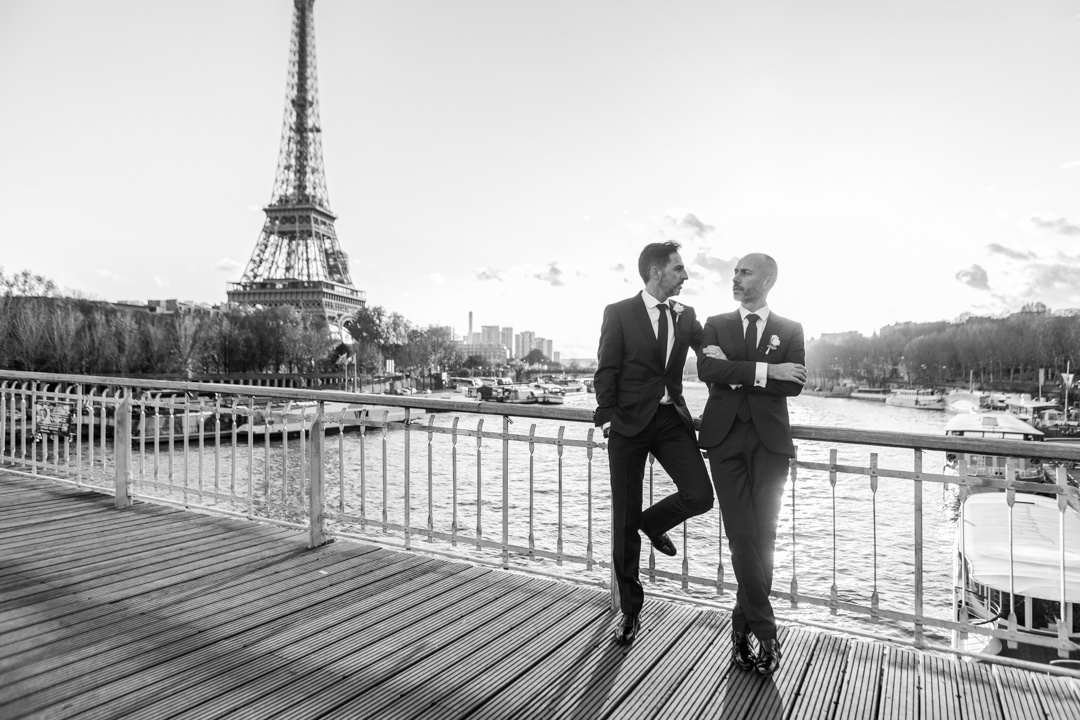 photo-shoot-couple-homme-tour-eiffel
