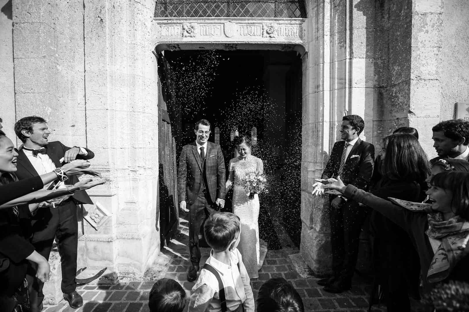 sortie-eglise-mariage-chateau-sorel