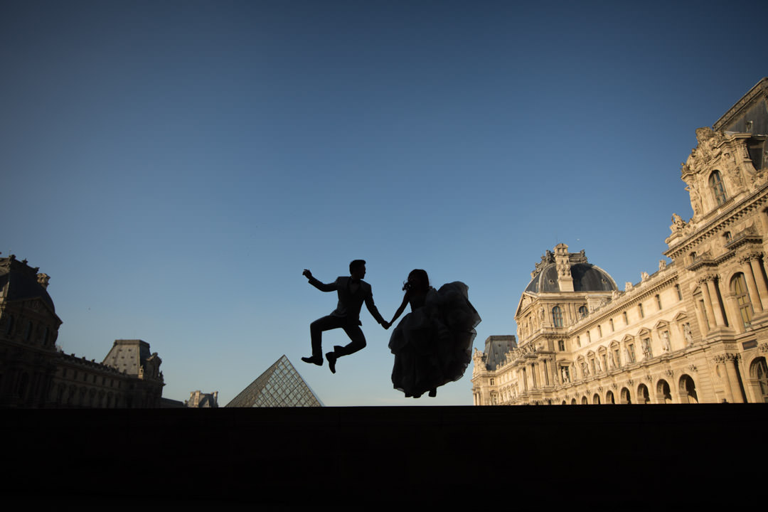 photo-couple-mariage-paris-louvre-1