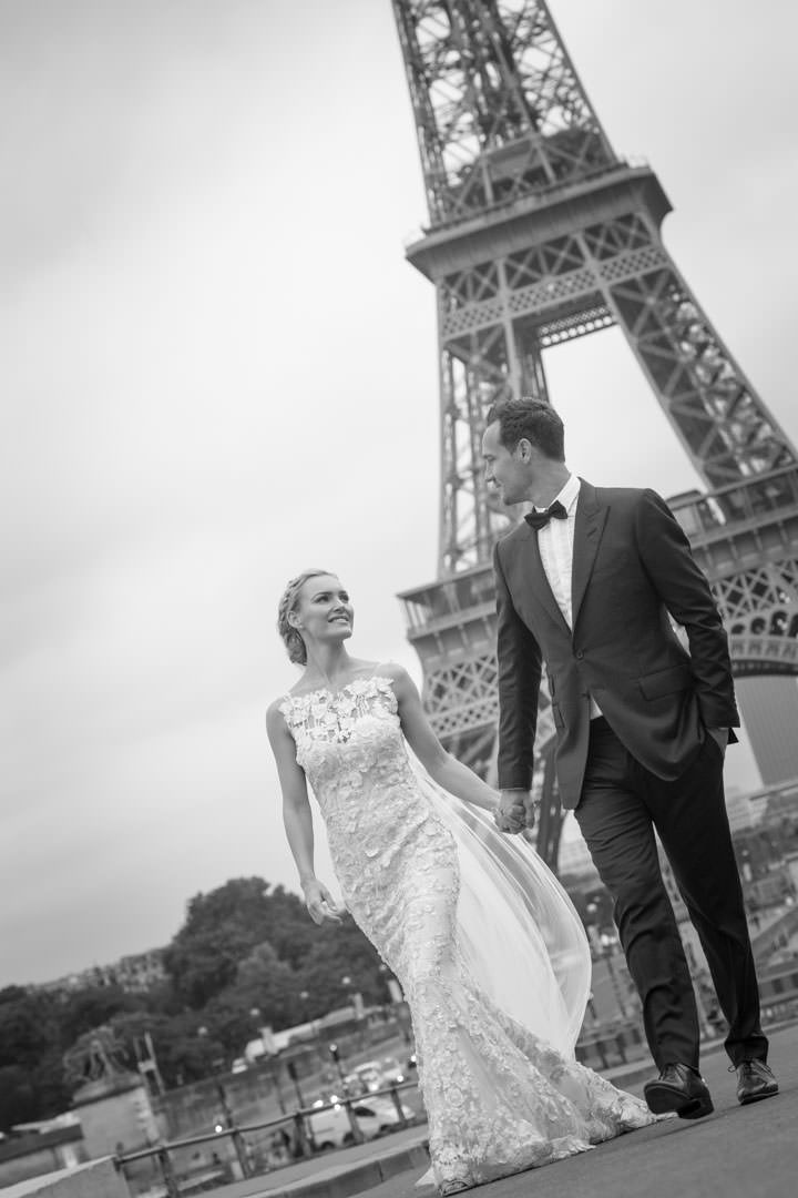 photo-couple-mariage-paris-tour-eiffel