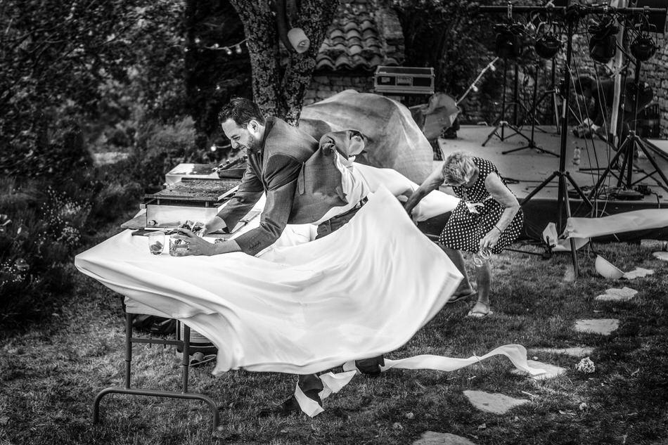 Tempête lors d'un mariage